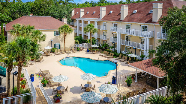 Palmera Inn and Suites at Park Lane